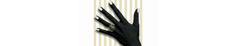 Cosmetice maini si unghii